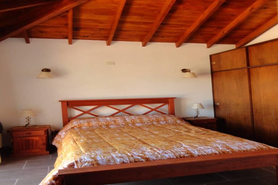 Valeria del Mar,Buenos Aires,3 Habitaciones Habitaciones,3 BañosBaños,Casas,Segui,1069