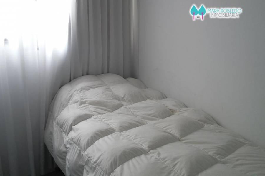 Carilo,Buenos Aires,Argentina,2 Bedrooms Bedrooms,2 BathroomsBathrooms,Casas,1071