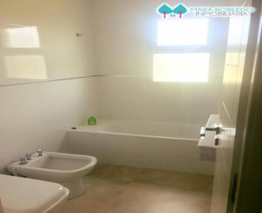 Costa Esmeralda,Buenos Aires,Argentina,4 Bedrooms Bedrooms,3 BathroomsBathrooms,Casas,1085