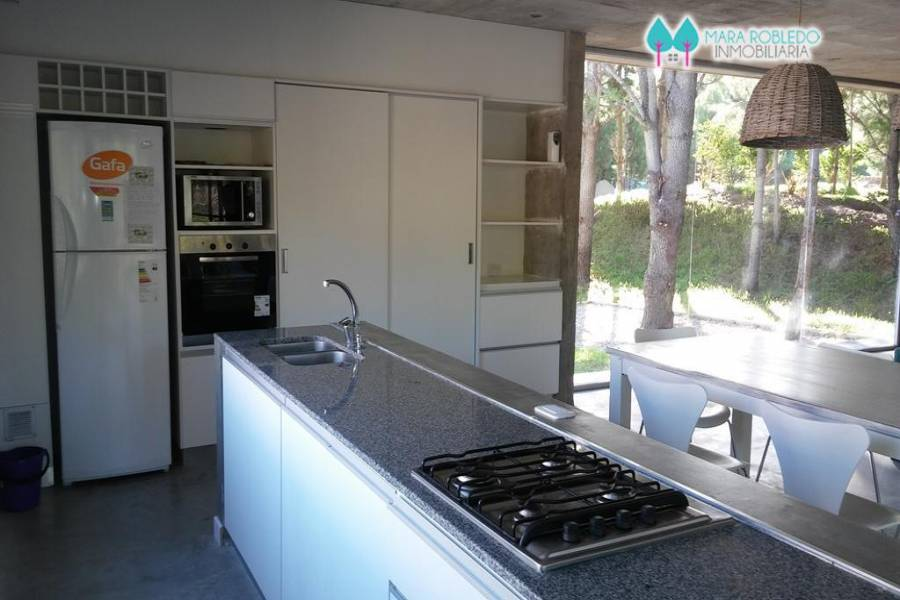 Costa Esmeralda,Buenos Aires,Argentina,4 Bedrooms Bedrooms,3 BathroomsBathrooms,Casas,1094