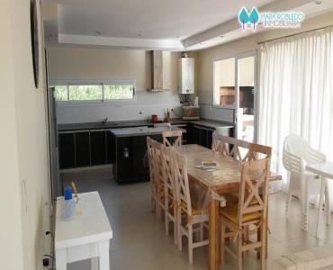 Costa Esmeralda,Buenos Aires,Argentina,3 Bedrooms Bedrooms,3 BathroomsBathrooms,Casas,1102