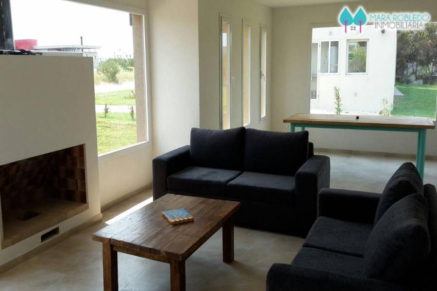 Costa Esmeralda,Buenos Aires,Argentina,4 Bedrooms Bedrooms,3 BathroomsBathrooms,Casas,1131