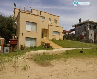 Costa Esmeralda,Buenos Aires,Argentina,5 Bedrooms Bedrooms,4 BathroomsBathrooms,Casas,1145