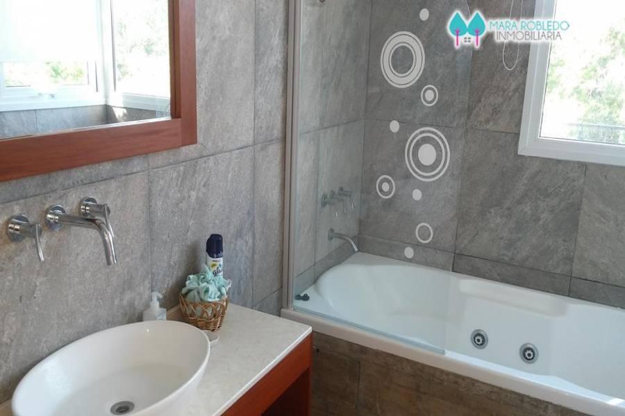 Costa Esmeralda,Buenos Aires,Argentina,4 Bedrooms Bedrooms,3 BathroomsBathrooms,Casas,1153