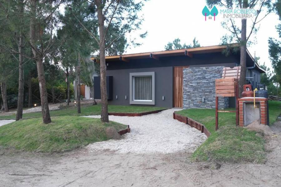 Costa Esmeralda,Buenos Aires,Argentina,4 Bedrooms Bedrooms,3 BathroomsBathrooms,Casas,1174