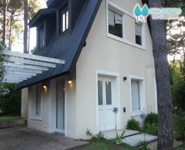 Pinamar,Buenos Aires,Argentina,3 Bedrooms Bedrooms,2 BathroomsBathrooms,Casas,1190