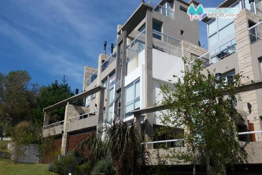 Pinamar,Buenos Aires,Argentina,2 Bedrooms Bedrooms,2 BathroomsBathrooms,Casas,1192