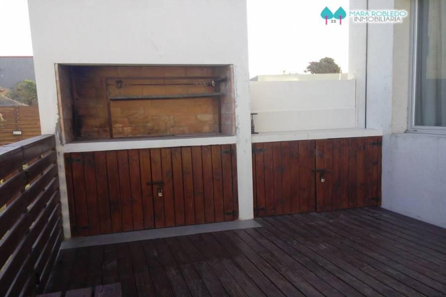 Pinamar,Buenos Aires,Argentina,2 Bedrooms Bedrooms,1 BañoBathrooms,Apartamentos,1194
