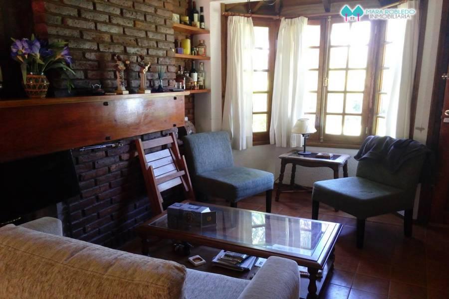 Pinamar,Buenos Aires,Argentina,3 Bedrooms Bedrooms,2 BathroomsBathrooms,Duplex-triplex,1196