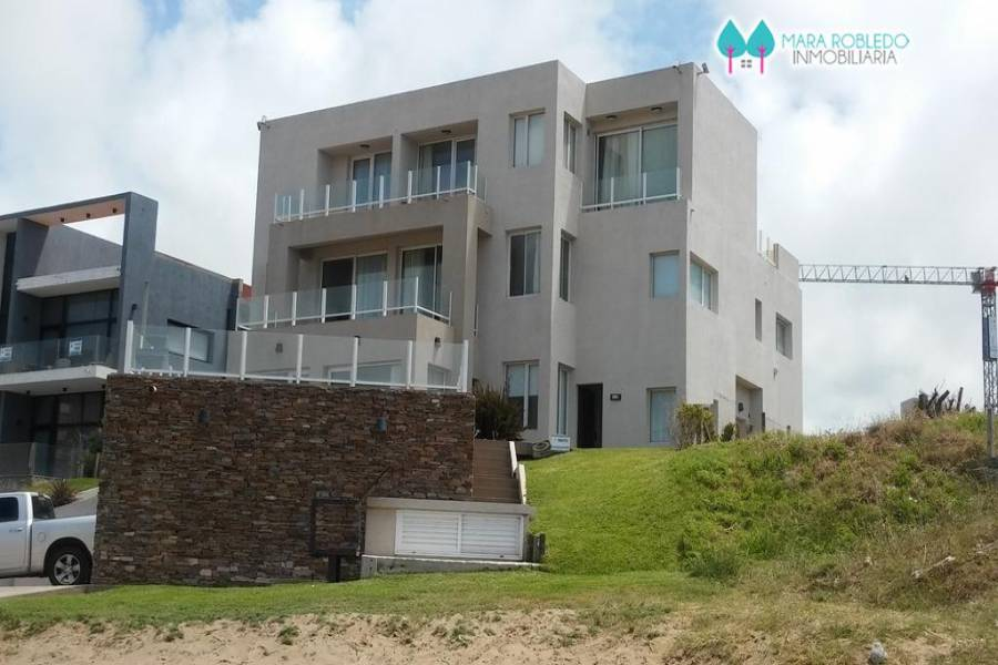 Pinamar,Buenos Aires,Argentina,2 Bedrooms Bedrooms,2 BathroomsBathrooms,Apartamentos,1216