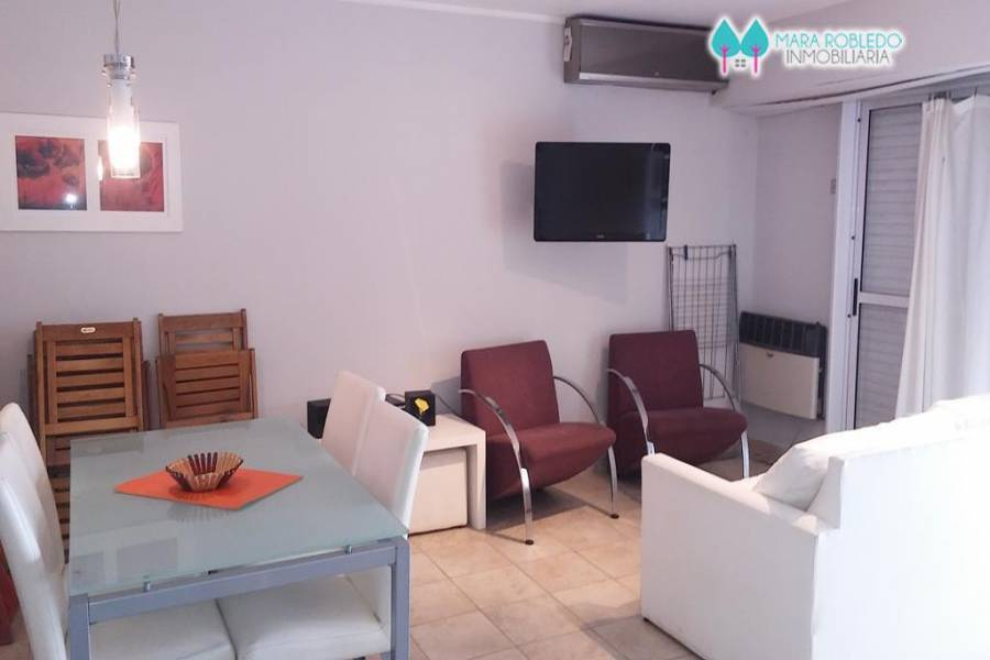 Pinamar,Buenos Aires,Argentina,2 Bedrooms Bedrooms,2 BathroomsBathrooms,Apartamentos,1220