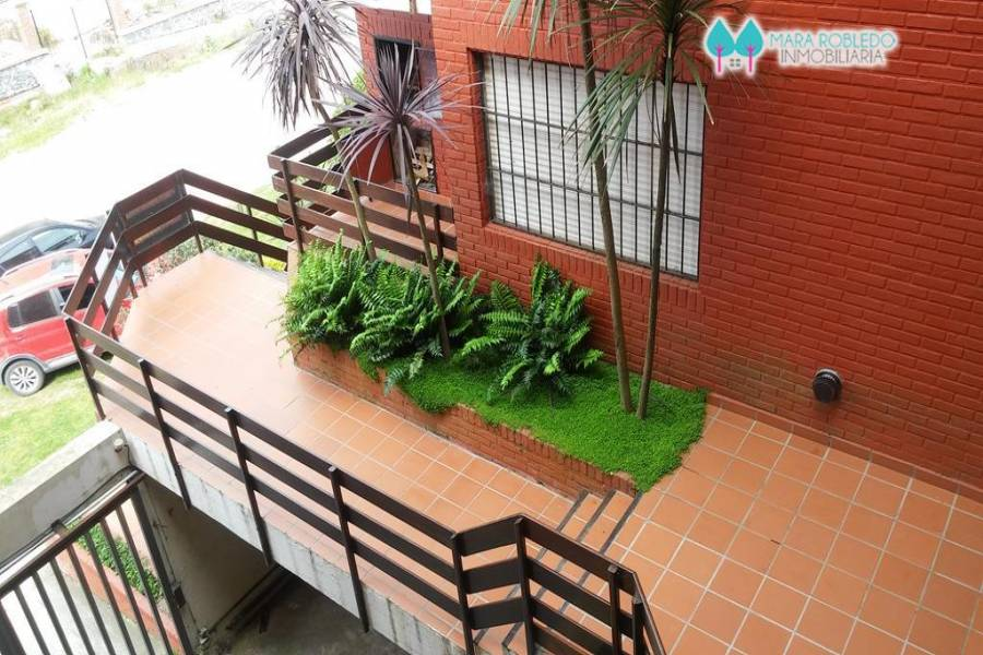 Pinamar,Buenos Aires,Argentina,2 Bedrooms Bedrooms,2 BathroomsBathrooms,Apartamentos,1225