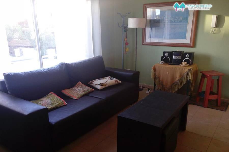Pinamar,Buenos Aires,Argentina,2 Bedrooms Bedrooms,1 BañoBathrooms,Casas,1227