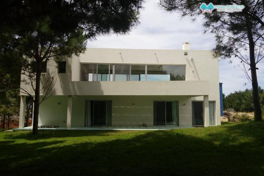 Costa Esmeralda,Buenos Aires,Argentina,4 Bedrooms Bedrooms,4 BathroomsBathrooms,Casas,1106