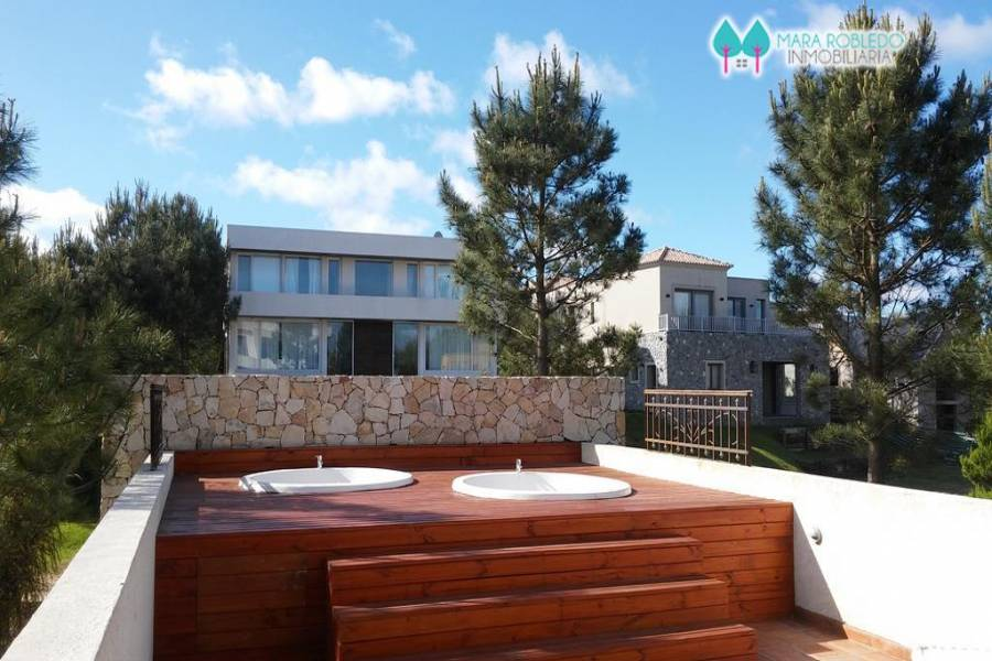 Costa Esmeralda,Buenos Aires,Argentina,6 Bedrooms Bedrooms,8 BathroomsBathrooms,Casas,1177