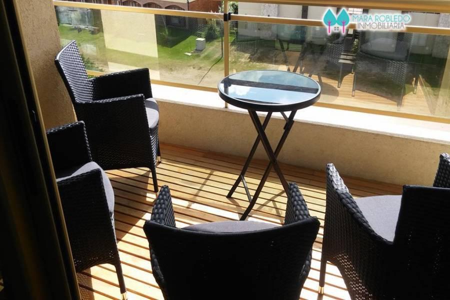 Pinamar,Buenos Aires,Argentina,2 Bedrooms Bedrooms,2 BathroomsBathrooms,Apartamentos,1201