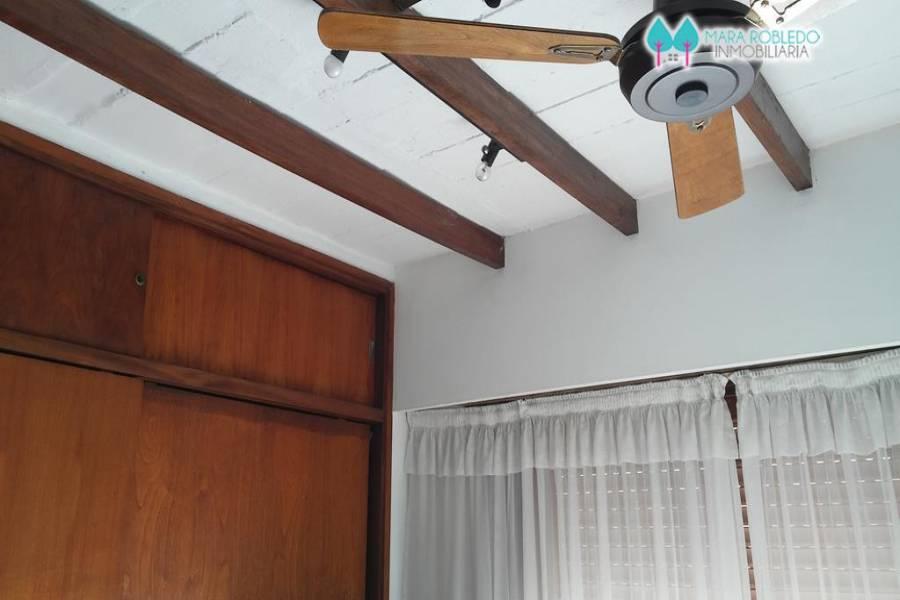 Pinamar,Buenos Aires,Argentina,2 Bedrooms Bedrooms,2 BathroomsBathrooms,Apartamentos,1210