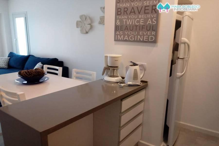 Pinamar,Buenos Aires,Argentina,4 Bedrooms Bedrooms,3 BathroomsBathrooms,Apartamentos,1231