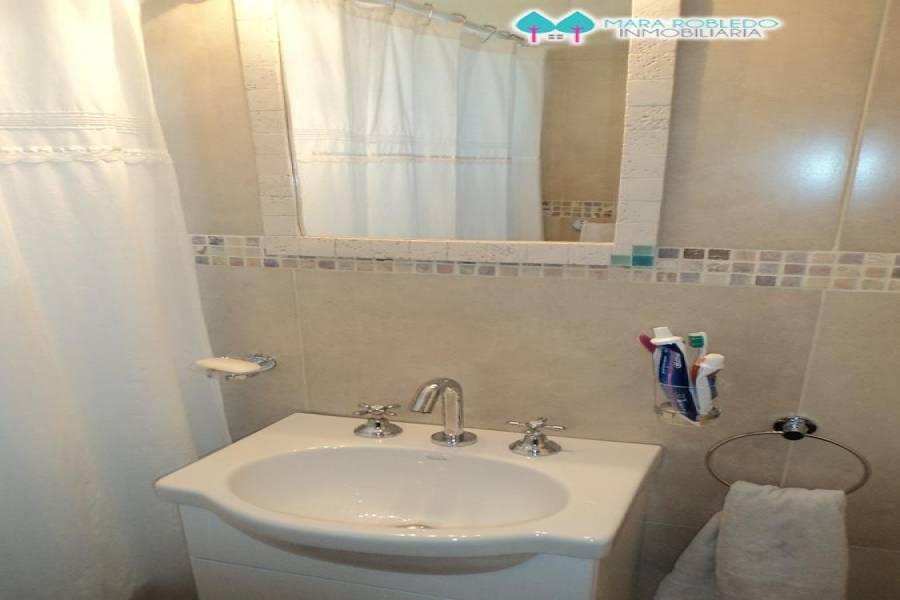 Pinamar,Buenos Aires,Argentina,2 Bedrooms Bedrooms,1 BañoBathrooms,Apartamentos,1243