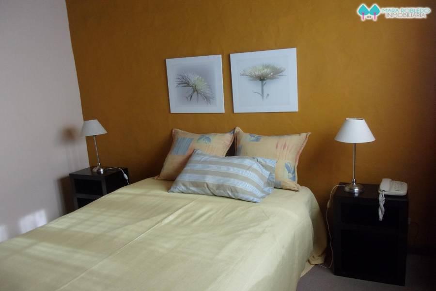 Pinamar,Buenos Aires,Argentina,3 Bedrooms Bedrooms,2 BathroomsBathrooms,Duplex-triplex,1246