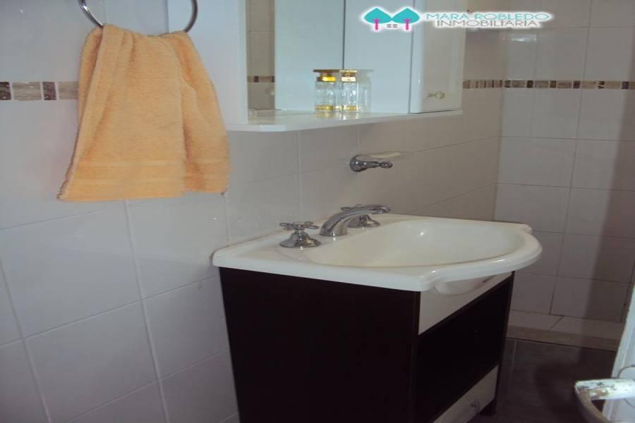 Valeria del Mar,Buenos Aires,Argentina,2 Bedrooms Bedrooms,1 BañoBathrooms,Casas,1250