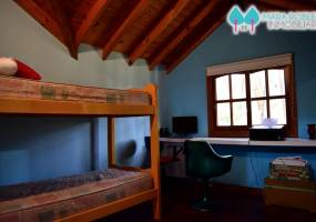Valeria del Mar,Buenos Aires,Argentina,4 Bedrooms Bedrooms,3 BathroomsBathrooms,Casas,1255